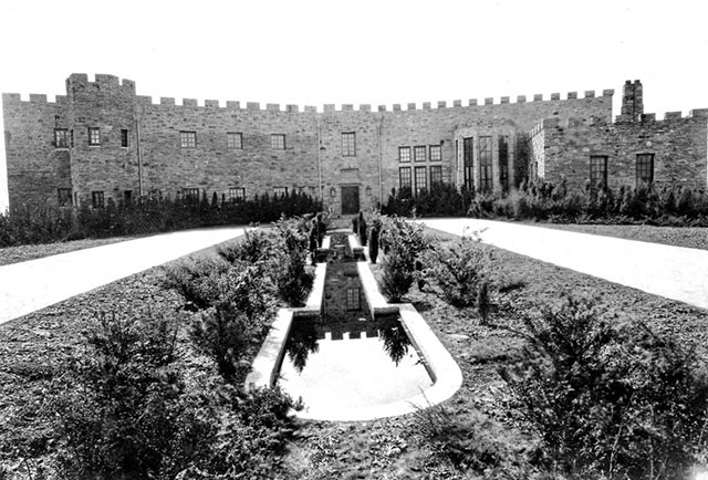Seely's castle