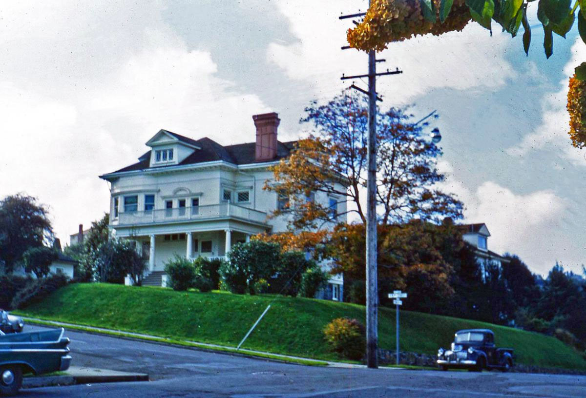 The Flavel House in Astoria, Oregon long before it was abandoned