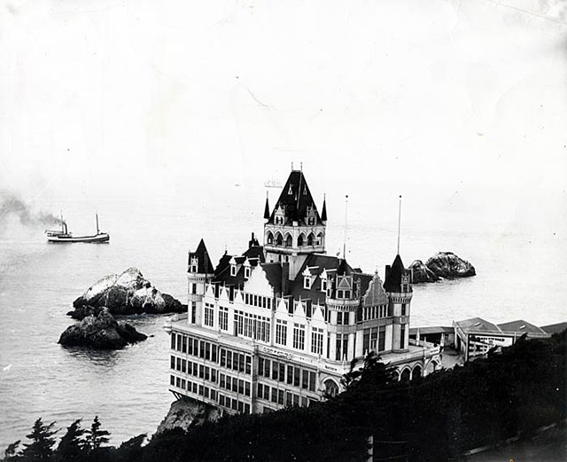 A view of the Victorian Cliff House in San Fransisco