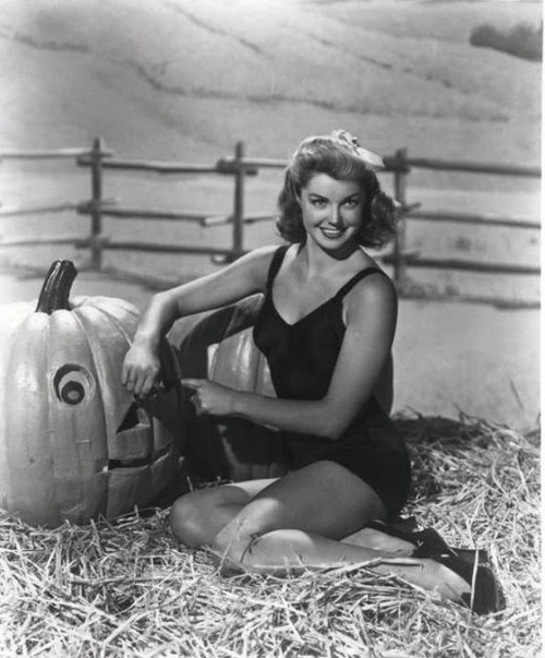 Esther Williams vintage Halloween pinup