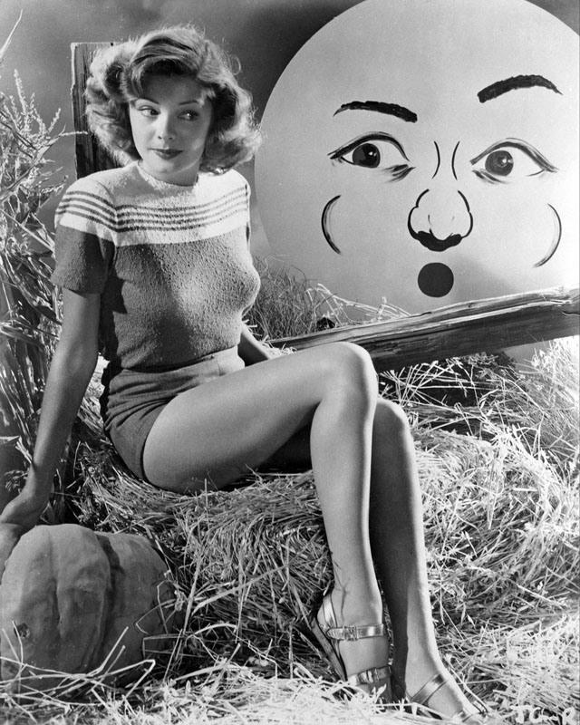 Jane Greer vintage Halloween pinup