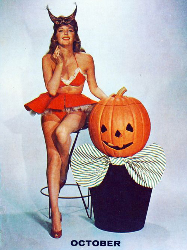 Julie London 1956 vintage Halloween pinup
