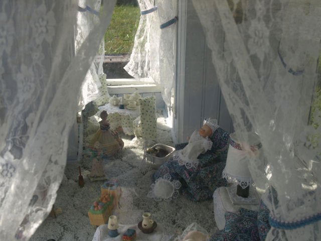 The interior of Lova Cline's dollhouse grave