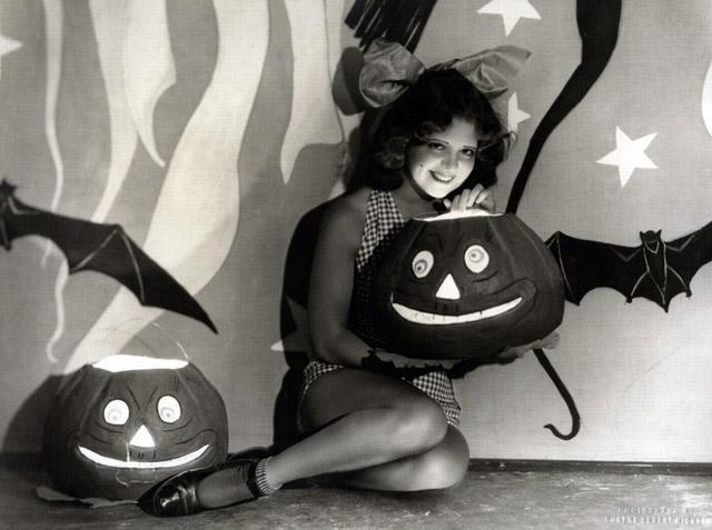 Clara Bow vintage Halloween pinup