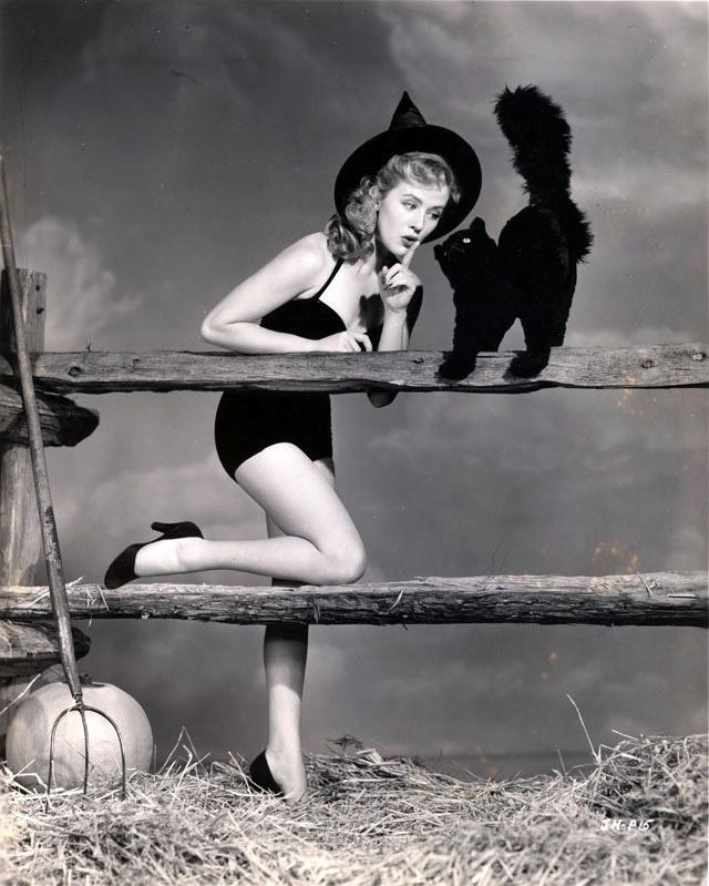 Joyce Holden vintage Halloween pinup