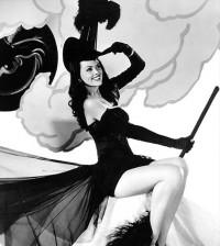 vintage-halloween-pinup-sm