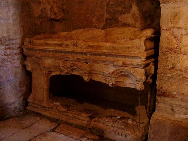 Tomb of Saint Nicholas