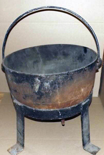 Cauldron that belonged to Wisconsin serial killer Ed Gein