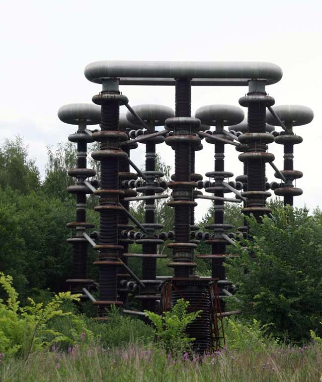 Mysterious Marx generator Tesla tower in Russia