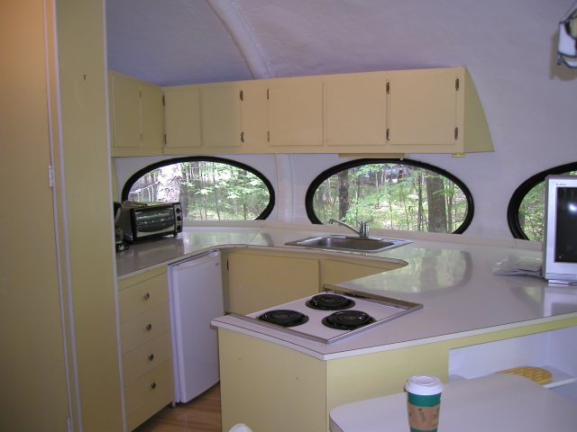 Kitchen of the Wisconsin Futuro house