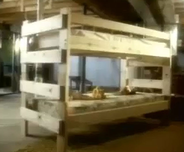 Haunted bunk bed of Wisconsin from the Horicon haunted house