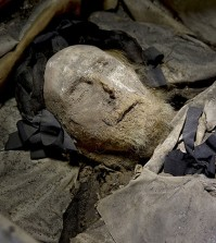 peder-winstrup-mummified-remains