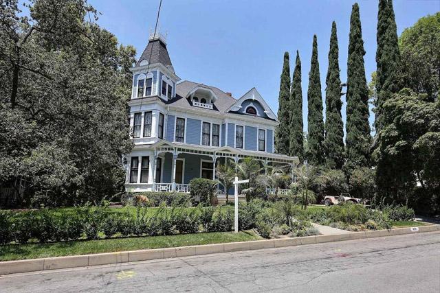 Mills View mansion in Monrovia, California