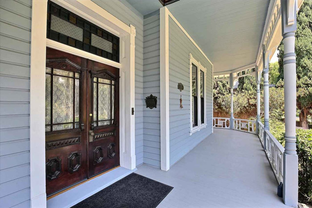 The porch where Roger Cobb cleaned his shotgun