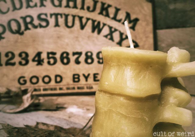 Beeswax spine candle
