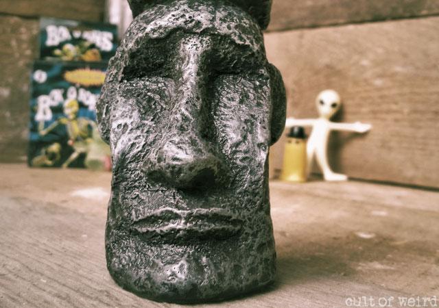Easter Island head fish tank statue