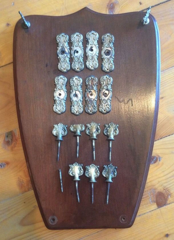 Coffin screws and escutcheons