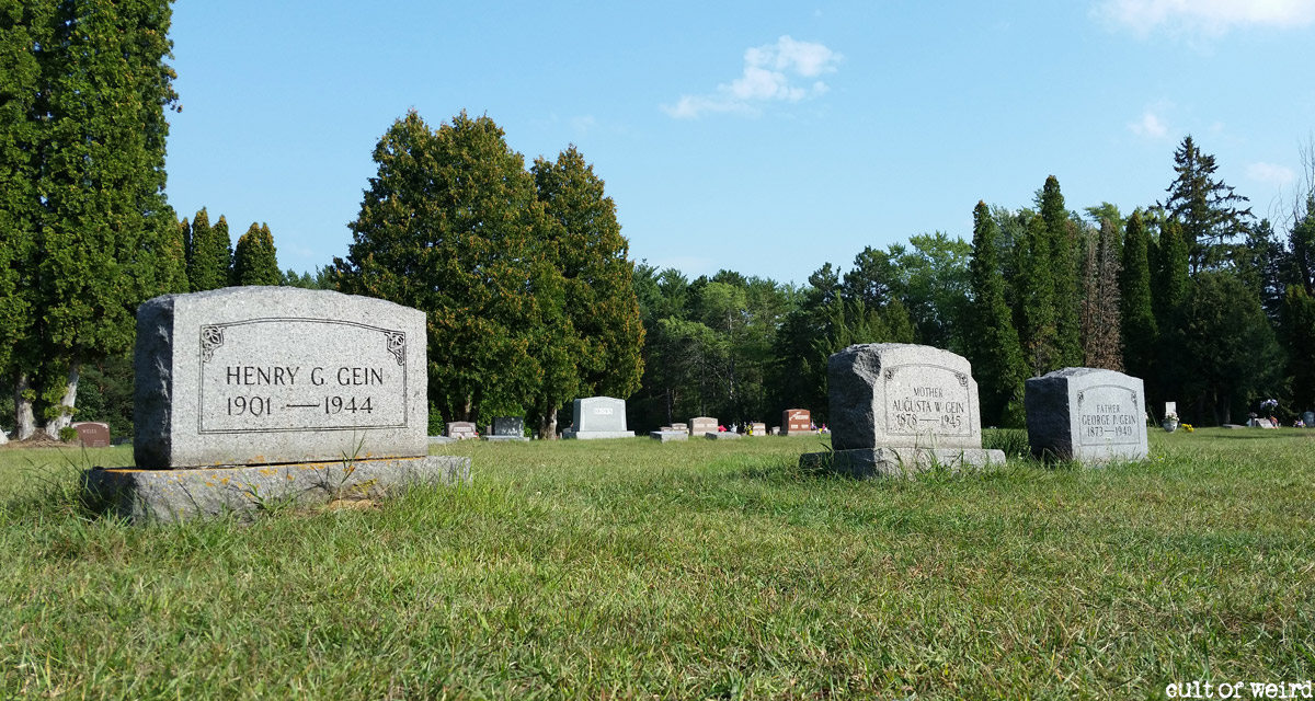 Grave of Ed Gein in Plainfield, Wisconsin