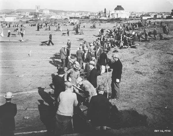 Workers exhume bodies from the San Francisco Odd Fellows cemetery, 1933