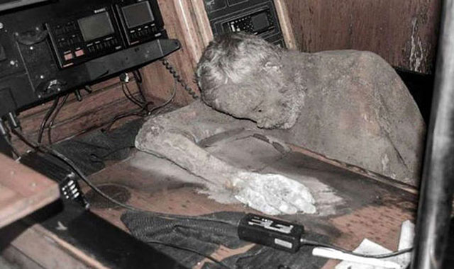 Mummified captain on a ghost ship