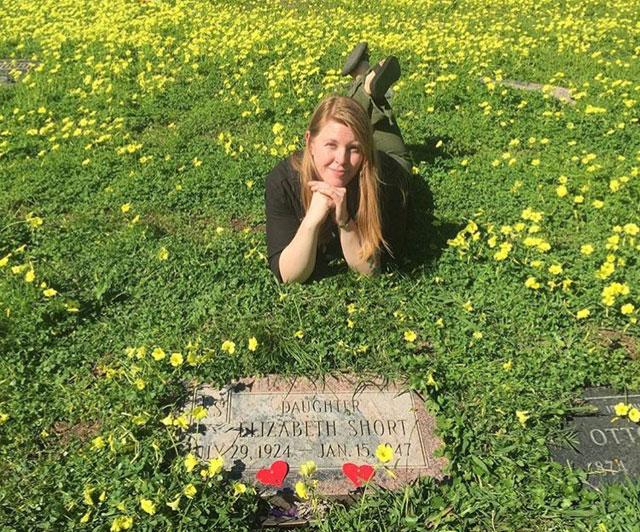 The grave of the Black Dahlia, Elizabeth Short