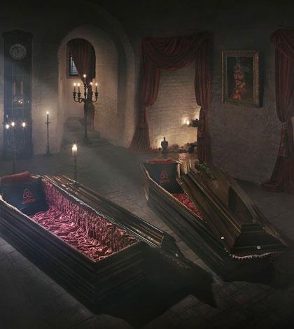 halloween-night-dracula-castle-sm