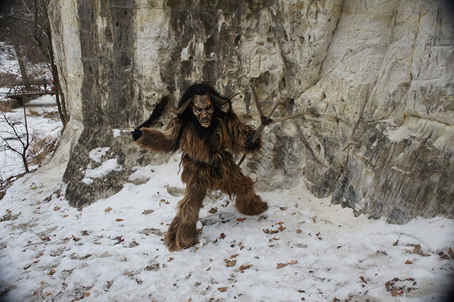 krampus-costume