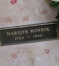 marilyn-monroe-grave-sm