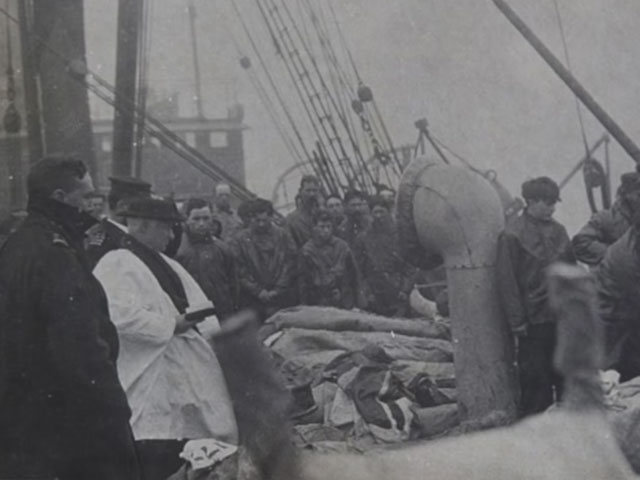 What happened to Titanic's dead?
