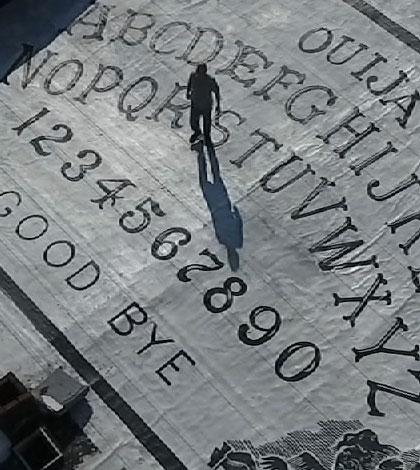 worlds-largest-ouija-board-sm
