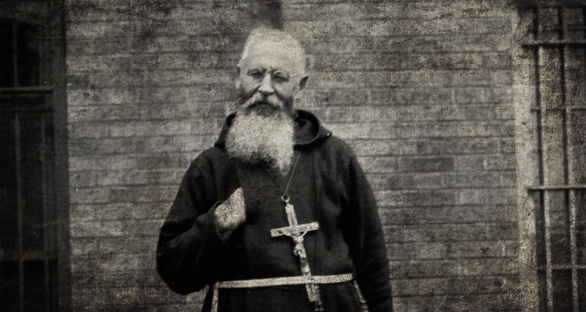 Wisconsin priest Theophilus Riesinger who inspired The Exorcist