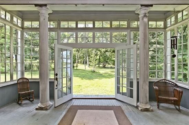 Wisconsin Amityville Horror house entrance