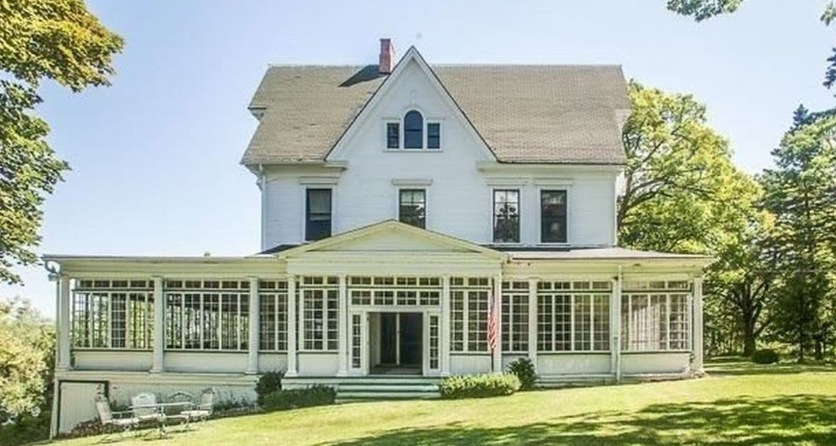 Estate Sale At The Wisconsin Amityville Horror House