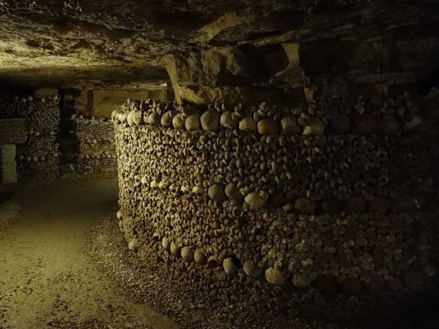 Teens were lost in the Paris catacombs for three days