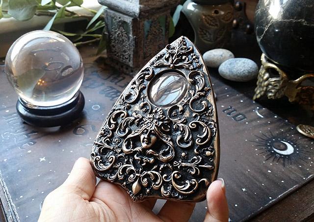 Cursed Decadence Ouija board planchette