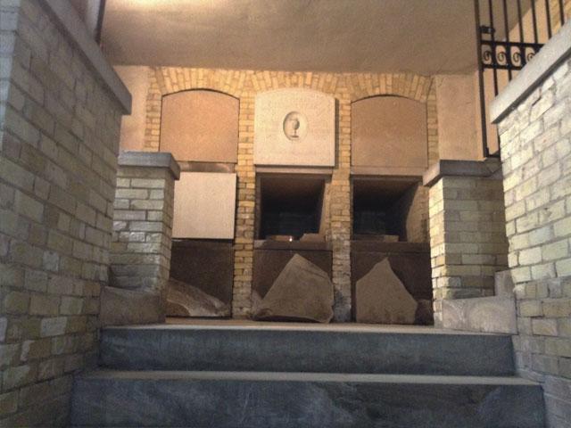 Calvary Cemetery crypt