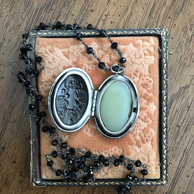 Mourning locket by Seance Perfumes