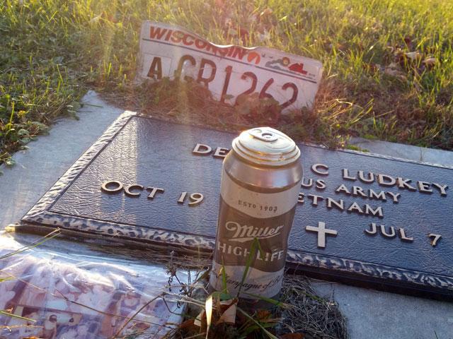 Grave of a Vietnam veteran
