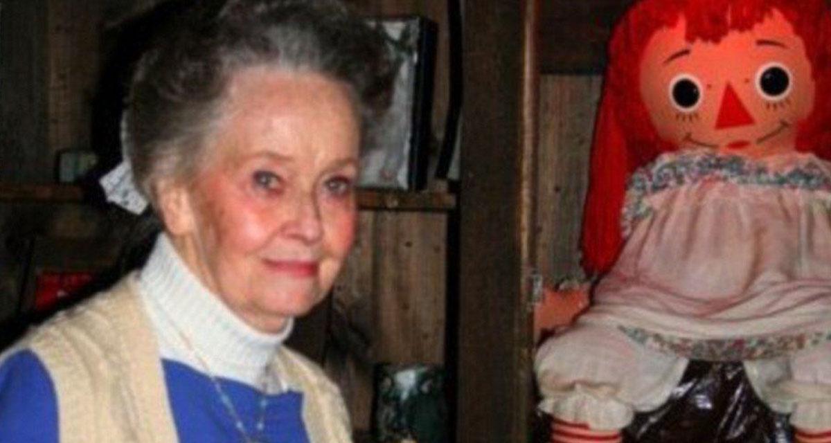 Paranormal investigator Lorraine Warren