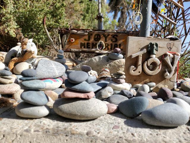 Joy's Memorial at Swami's Beach