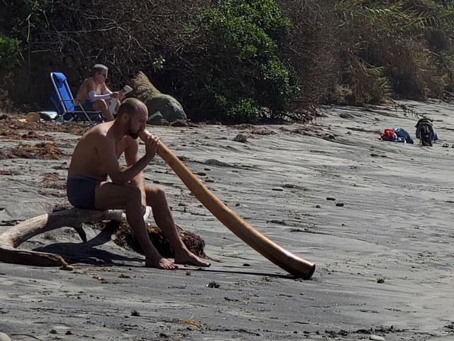 Digideroo on the beach