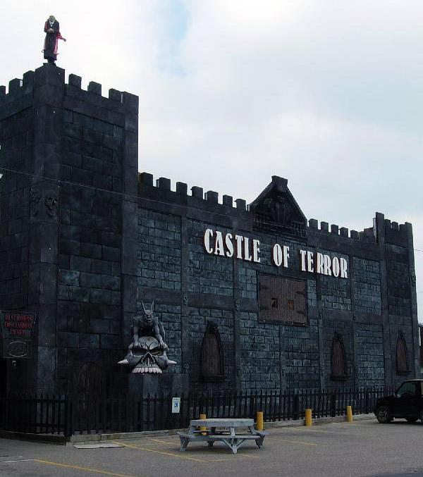 Castle of Terror haunted attraction in Wisconsin Dells