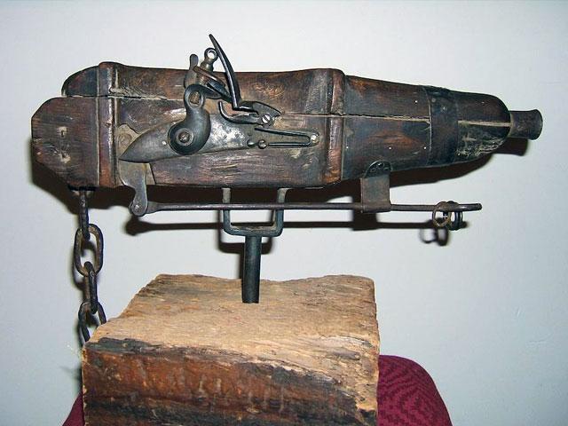 A cemetery gun would guard graves against resurrection men