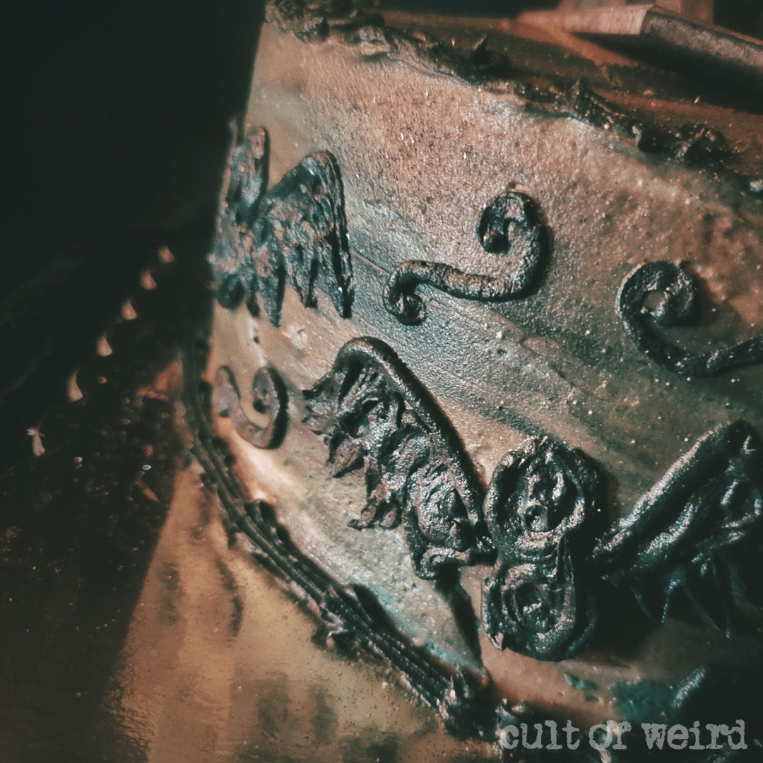 Creepy Addams Family cake