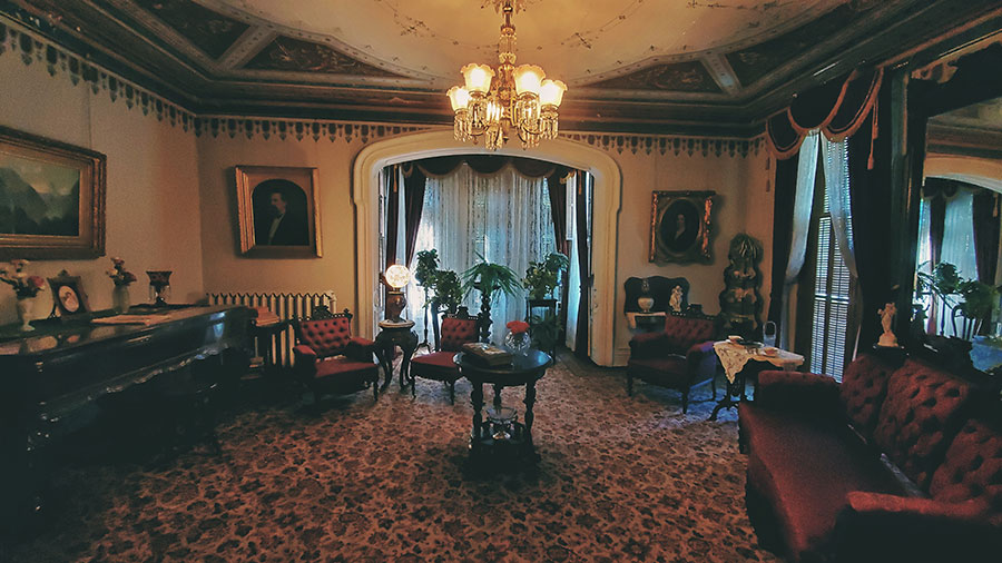 Parlor of the Galloway House where weddings, funerals and baptisms were held