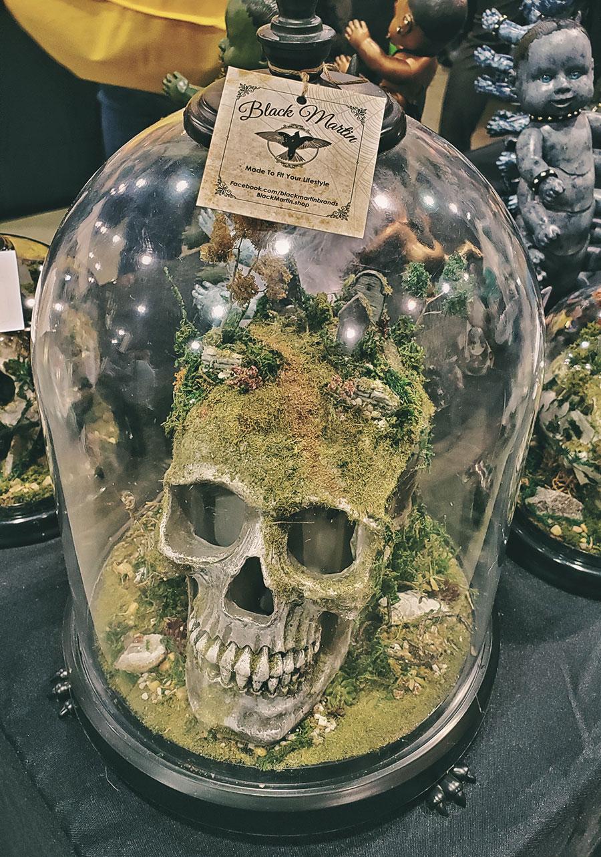 Skull cemetery terrarium